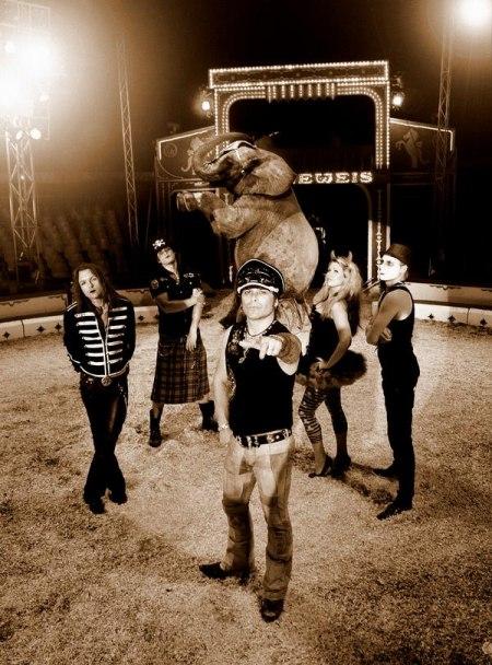 MIKE TRAMP & THE ROCK 'N' ROLL CIRCUZ работают над новым диском.