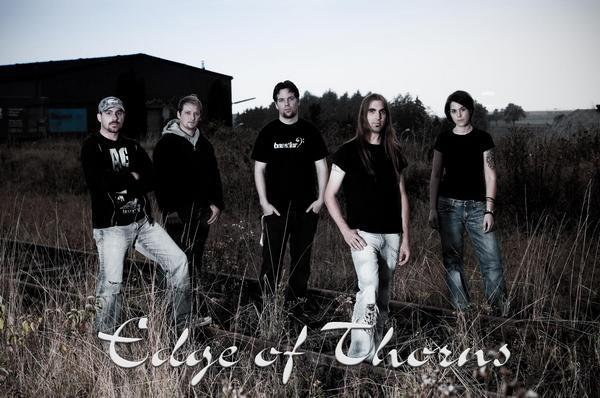 Edge of thorns - masquerading of the wicked (2007) (lossless) + mp3