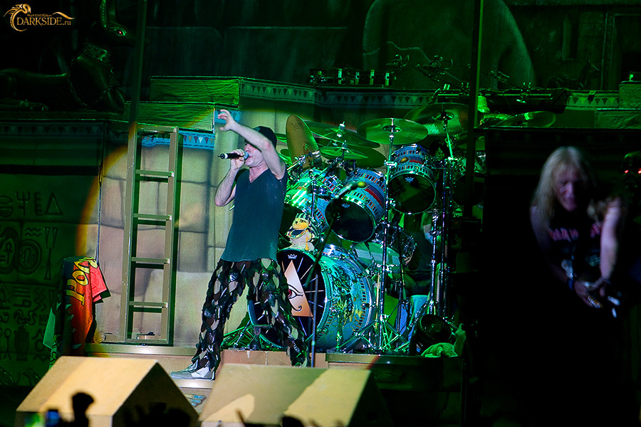 <<CRÓNICA>>  IRON MAIDEN - Somewhere Back In Time Tour  (19/08/2008) Estadio Olimpico de Moscú 2228-75